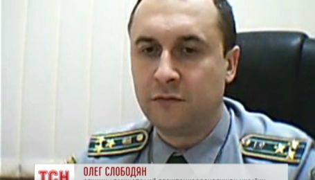 На Арабатской стрелке сотни российских военных перешли границу с Украиной