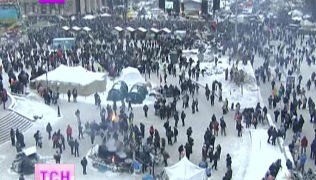 Найважливіші транспортні вузли Києва евакуйовують через замінування