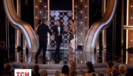 Режиссер Альфонсо Куарон получил «Золотой глобус» за киноленту «Гравитация»