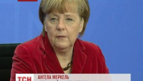 """Меркель назвала закон об амнистии """"запретом демонстраций"""""""
