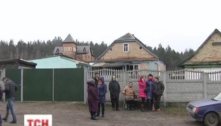Под Киевом мужчина убил нападающего, который 10 лет терроризировал район