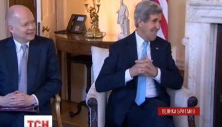 Керрі і Лавров намагаються знайти дипломатичні компроміси для України у Лондоні