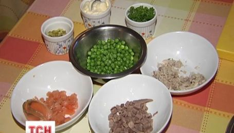 Традиционный новогодний салат оливье в этом году будет дороже