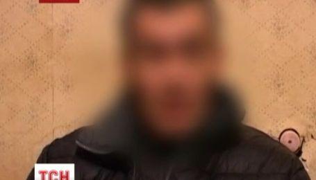 В Луганську зловмисники місяць катували чоловіка і вимагали викуп