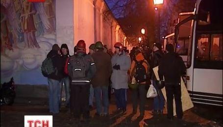 Ночь у Михайловского Златоверхого собора прошла спокойно