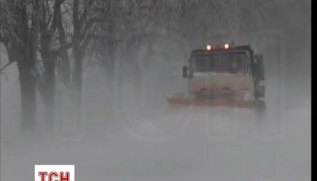 Негода заблокувала дороги Криму