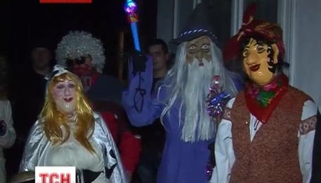У прикарпатському селі Пістинь карнавалом відсвяткували Щедрий вечір