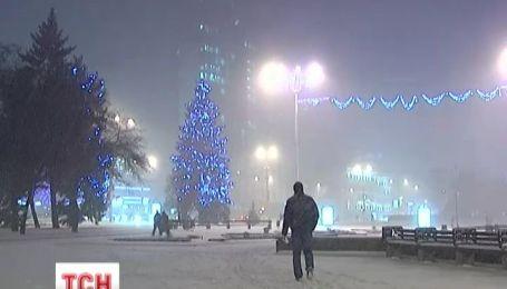 Початок зими приніс Україні шторми та хурделиці
