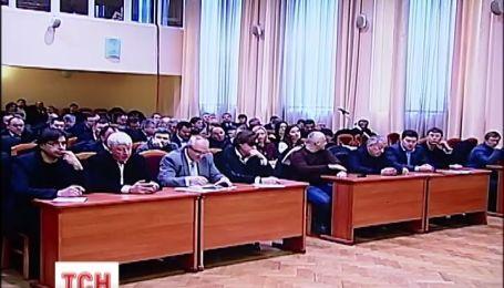 Сесія Київради відбулася без штурму та бійок