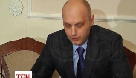 """Украинец, который """"захватил"""" самолет, требовал лететь в Сочи"""