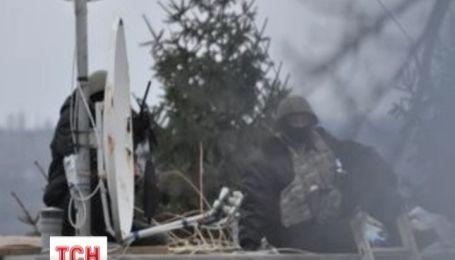 Будинок Олега Царьова охороняють снайпери