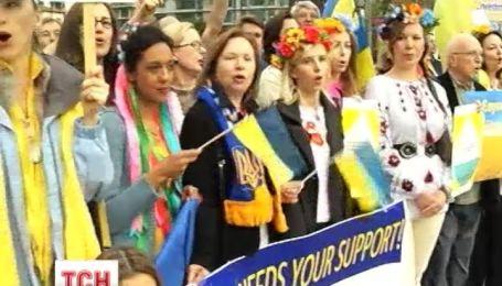 """Украинцы поддержали Евромайдан прямо на церемонии """"Грэмми"""""""