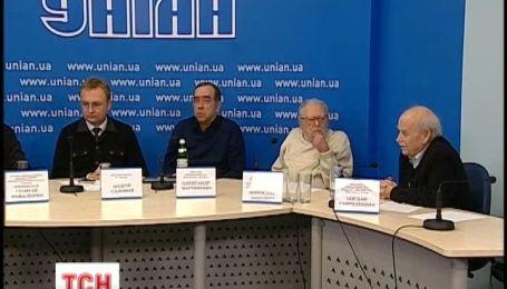 """ТСН та УНІАН продовжують шукати """"план дії для країни"""""""