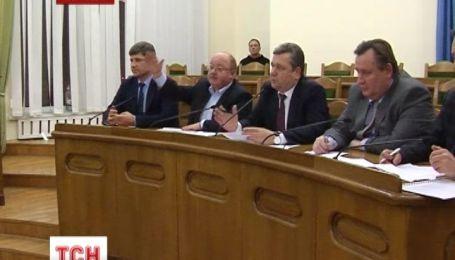 Депутати Луганської області провели позачергове засідання