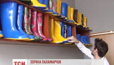 Українці подарували жінкам патріотичні подарунки