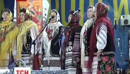 На Евромайдане царит праздничное настроение