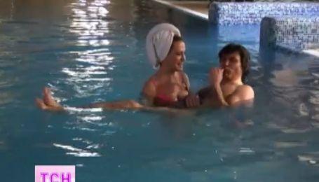 Ольге Сумской сделали предложение прямо в бассейне