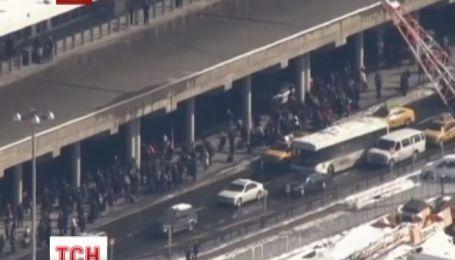 Терминал нью-йоркского Ла Гардиа эвакуировали из-за подозрительного пакета