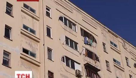 В Севастополе милиционер и моряк спасли парня, который собирался свести счеты с жизнью