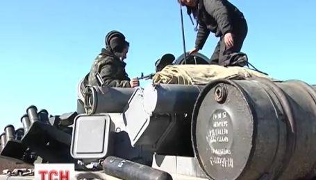Украинские танкисты хотят мира, но готовятся к худшему