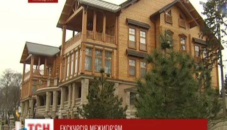 Відеоекскурсія до Межигір'я: у якій розкоші жив Янукович