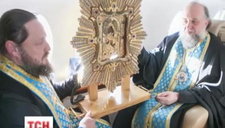 Священики помолилися за державу на борту приватного літака