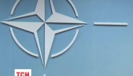 НАТО скликає термінову зустріч для обговорення ситуації в Україні