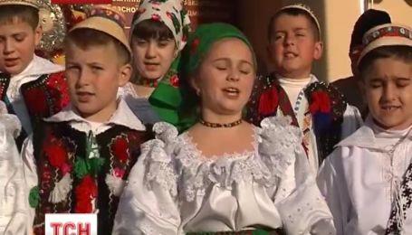 На Закарпатье в Рождественские праздники прозвучат колядки на десятках языках