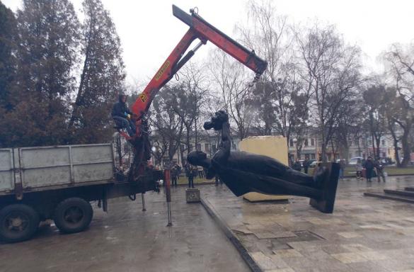 Пам'ятник радянському солдату