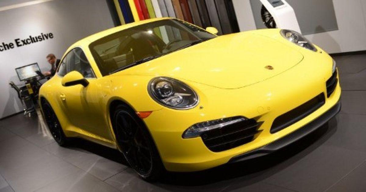 Porsche 911 назвали найкращим спорткаром року @ AFP
