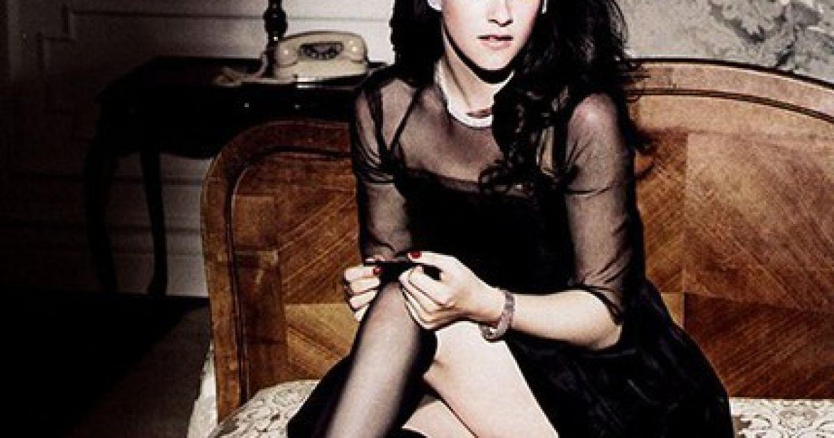 Стюарт в журналі Elle за червень @ Elle