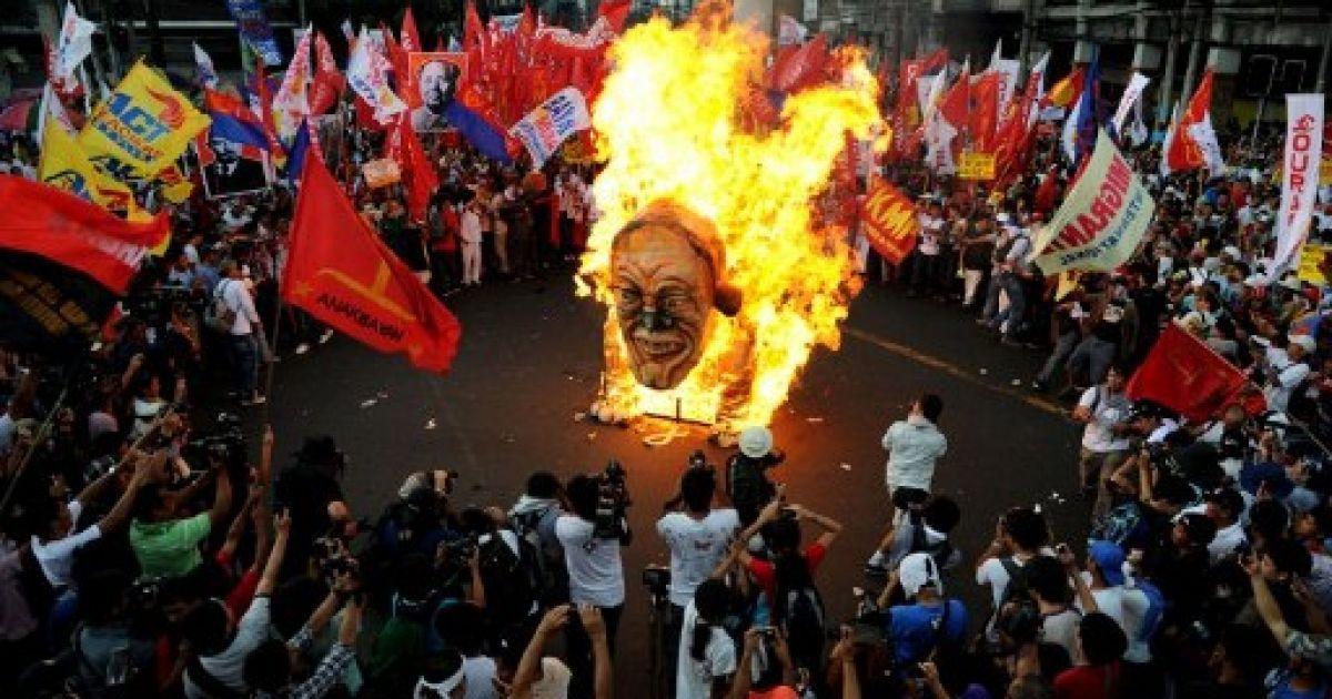 1 травня - у світі @ AFP