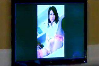 Порно по экрану в москве