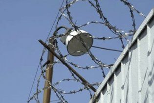 Треть сбежавших из донецкой колонии заключенных самостоятельно вернулись обратно