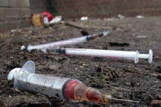 Мати-наркоманка вбила сім немовлят і заховала трупи в гаражі