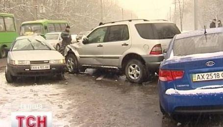 Два человека погибли, еще один попал в больницу в результате ДТП в Харькове