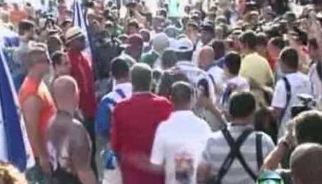 Бразильский карнавал закончился массовым побоищем
