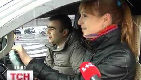 В Житомирі провели змагання з екстремального водіння серед жінок