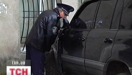 """Водителя джипа, который давил людей на """"блошином рынке"""", отпустили"""