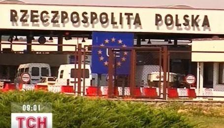 На украинско-польской границе бастуют польские таможенники