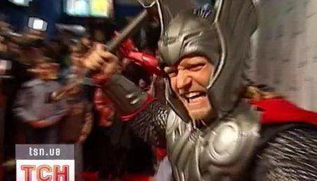 Железный Человек, Тор и Капитан Америка прилетели в Киев