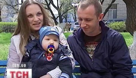 Украинцы спасли ребенка