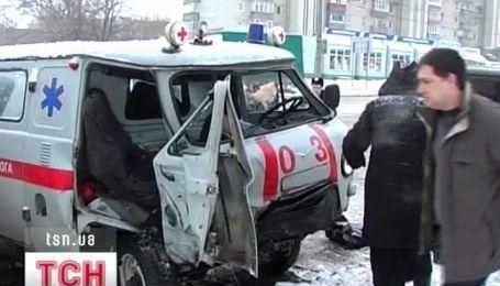 """В Сумах в аварию попала """"скорая помощь"""""""