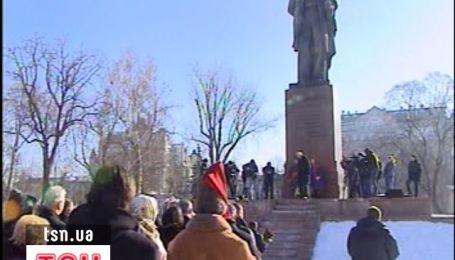 Сьогодні виповнюється 198 років від дня народження Тараса Шевченка