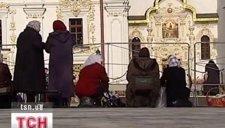 Украинцы ждут благодатный огонь из Иерусалима