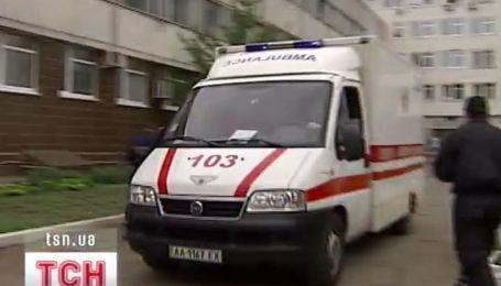 Украинские медики тренируются спасать пострадавших от взрывов с химическим загрязнением