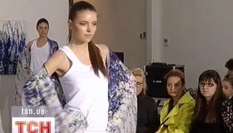 Цветы расцветают на шеях украинских модниц