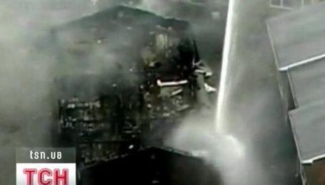 Самолет упал на жилой квартал и все выжили