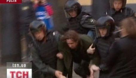 Госдума России принимает закон о митингах
