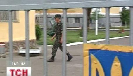 Автоматная очередь подняла на ноги всю военныую часть в Мукачево
